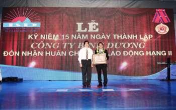 Le don nhan huan chuong lao dong hang hai